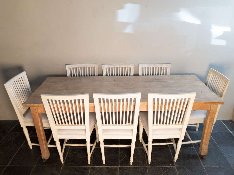 Circa 1930 A Set of 8 Swedish Painted Dining Chairs