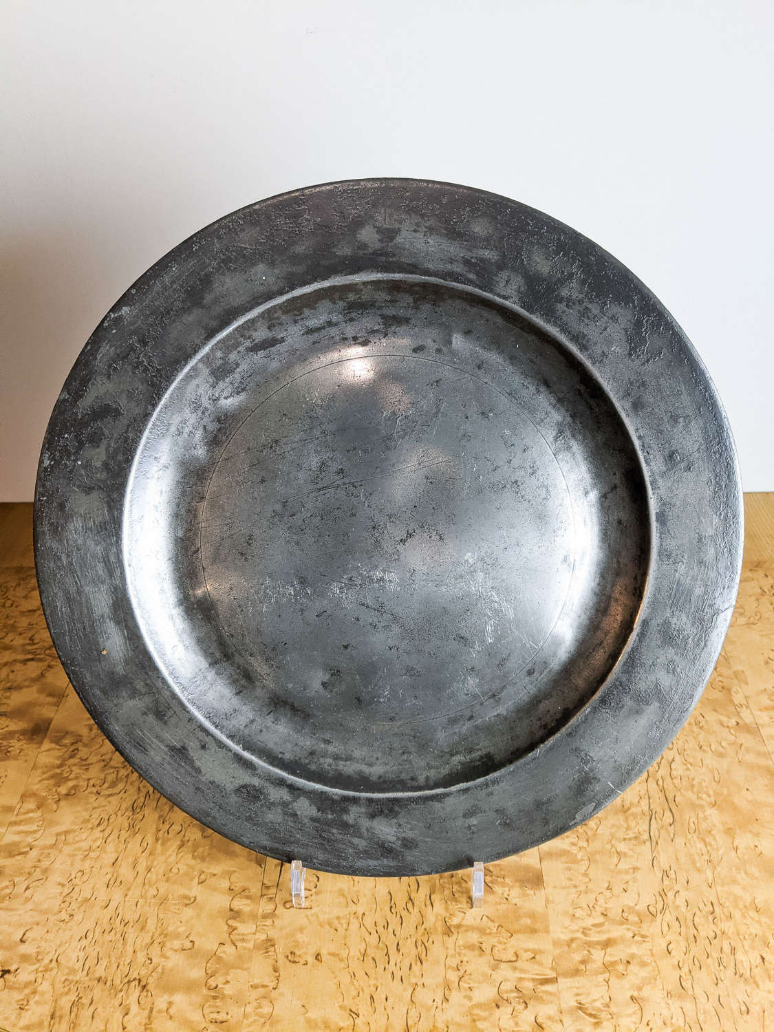 C1800 A Pewter Charger